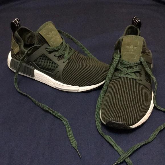 Adidas zapatos NMD corriendo poshmark